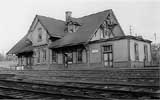 yarmouth DAR station small.jpg (7948 bytes)