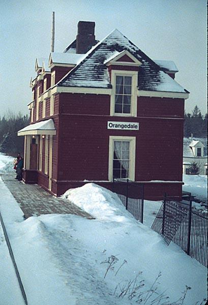 Orangedale station, 7 January 1990